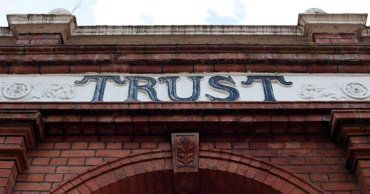 11 Sales Influencers Weigh In on How to Build Trust in the Buyer Journey